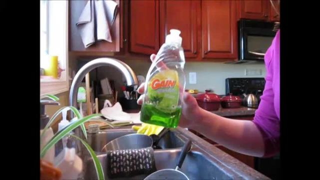 Gain dishwashing liquid gets my dishes clean