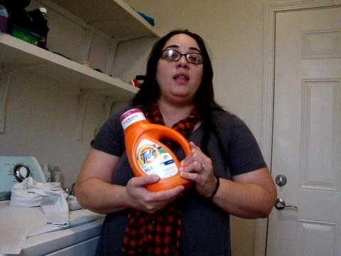 My review on Tide Plus Bleach Alternative Liquid Laundry Detergent, Original